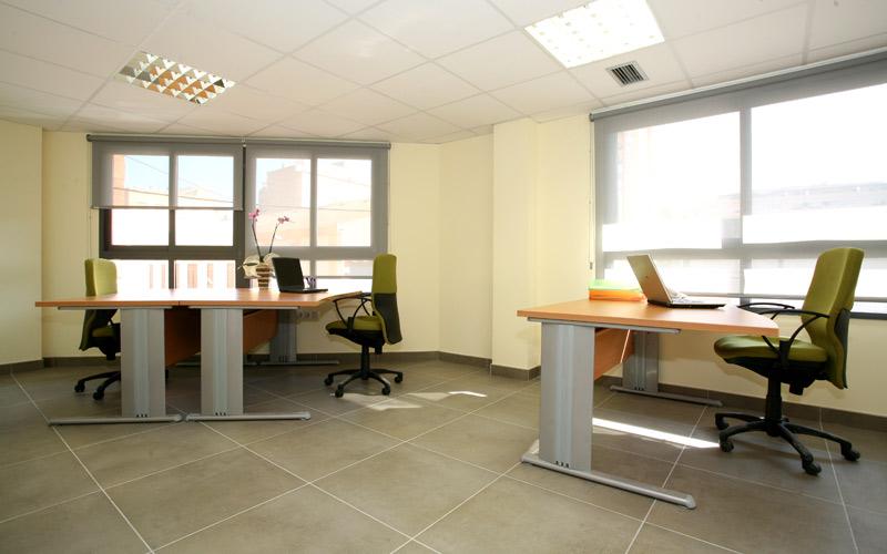Conoce los despachos y salas de vn castell n trade center for Oficina correos castellon